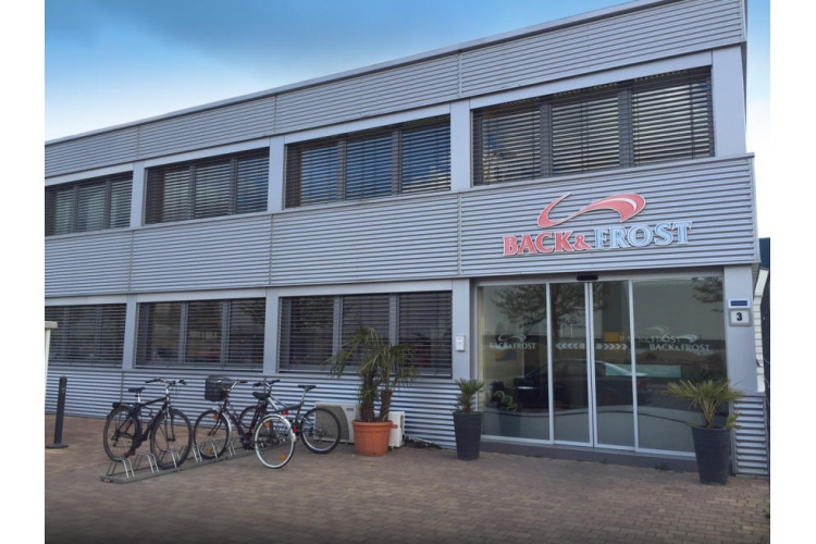 Back & Frost  GmbH  3